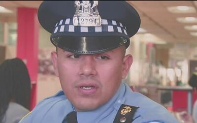 Departamento de Policía de Chicago abre convocatorias para contratar más...