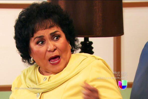 Tiene una hija que no se detiene ante nada doña Yolanda. Es la ma...