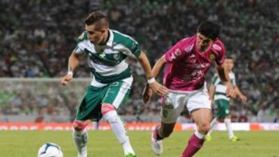 Santos y León comienzan serie de semifinales.