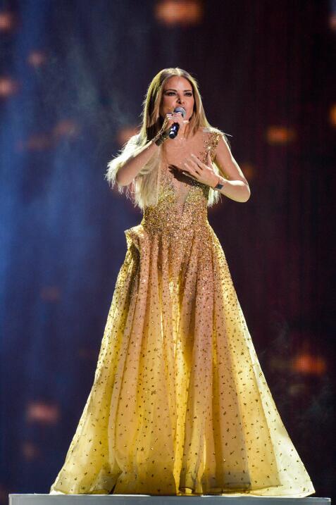 Gloria Trevi derrochó su furia en tarima con el tema 'El Amor'.