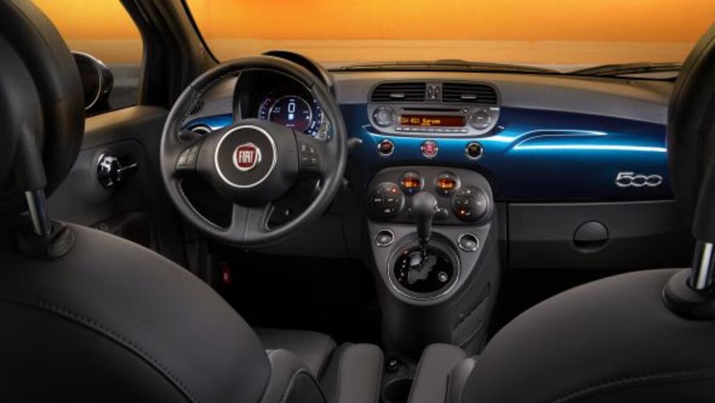 El FIAT 500 tendrá nuevo equipamiento importante como una nueva caja aut...