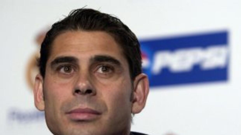 Hierro pidió el apoyo de la afición Merengue en el estadio Da Luz.