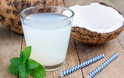 salud agua coco