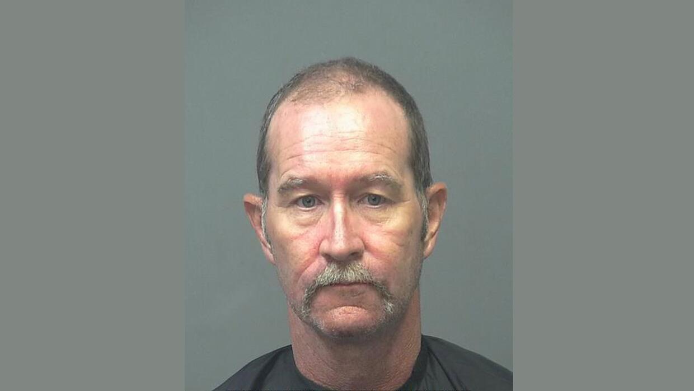 Keith Allen White, de 50 años de edad, recibió cargos de asesinato en se...