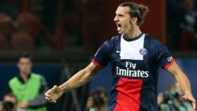 El jugador sueco estará vinculado al club francés hasta el 2016.
