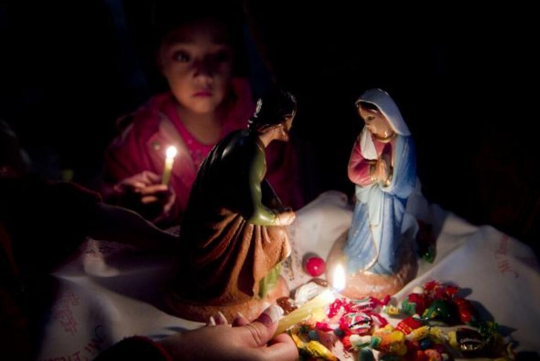 Es tradición que previo a la Navidad, se celebran las posadas. Son nueve...