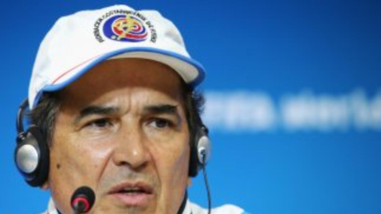 Pinto fue reconocido por sus compatriotas colombianos por su gran trabaj...