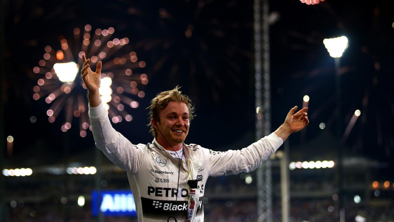 Nico Rosberg celebra su triunfo en Abu Dabi