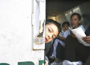 Migrantes centroamericanos detenidos por la Patrulla Fronteriza.