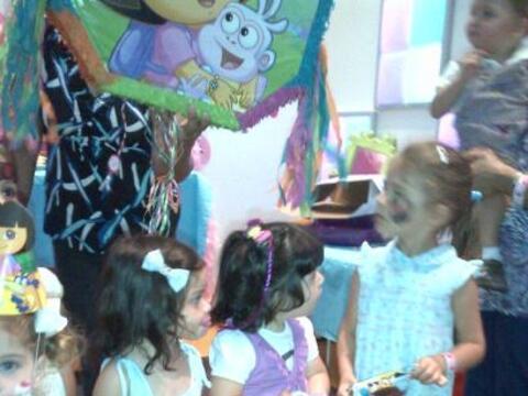 La pequeña hija de Chiquinquirá Delgado, Carlota, cumpli&o...