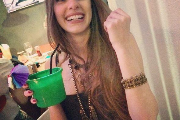 Camila Karam, es una estudiante brasileña de medicina, que supues...