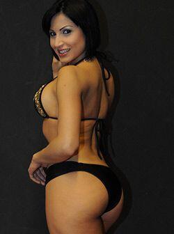 Lo importante no es tener curvas, sino saber mostrarlas... ¡como Fiorella!