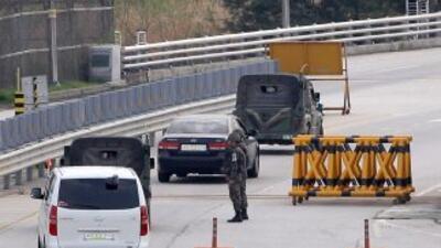 Corea del Sur anunció que siete ciudadanos aún presentes en el polo indu...