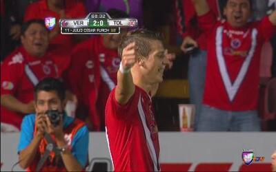Gol de Julio Furch, el Tiburón mete el 2-0 a Toluca