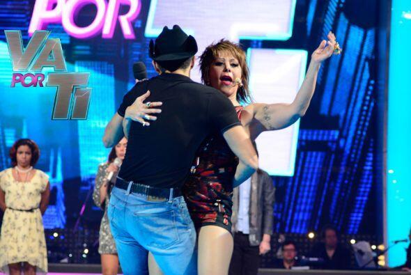 Fernando llamó la atención de Alejandra y la puso a sudar.