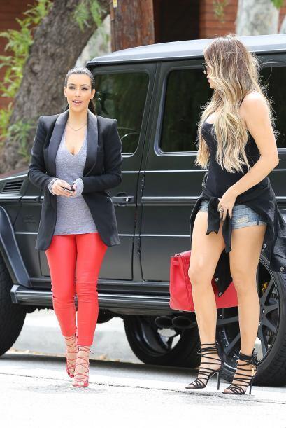Encontramos a las famosas hermanas paseando por Los Ángeles y not...