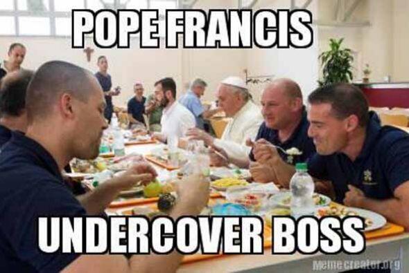 Nuevamente el Papa Francisco está en boca de todos, y que hoy apareció c...