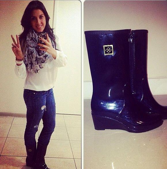 """Para una tarde lluviosa en #Miami: #MilanDAVRainBoot #rainboots #f..."