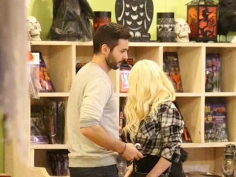 Halloween se acerca y Christina Aguilera no podía quedarse sin llevar a...