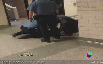 Una estudiante fue brutalmente agredida por guardias de seguridad