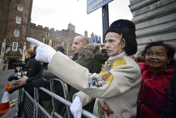 En las calles de Londres, la gente dejó sentir su alegría por el evento.