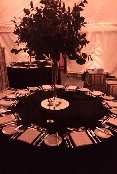 Así organizaron las mesas para los invitados.