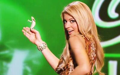 Josephine hizo bailar al camaleón con el que tuvo que desfilar