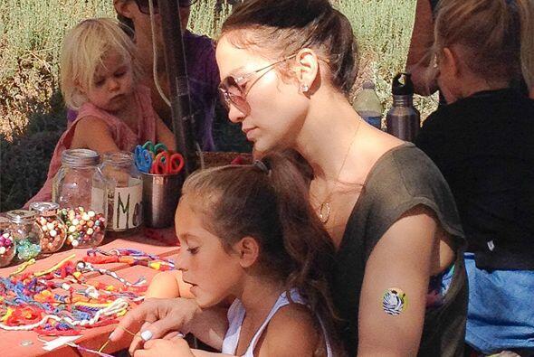Encontramos a Jennifer Lopez en su papel más encantador. Más videos de C...