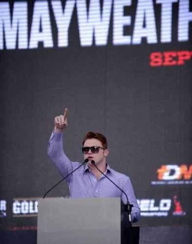 'Canelo' agradeció el apoyo de la gente, dijo que el 14 la victoria va p...