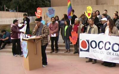 Santa Ana podría ser la primera ciudad santuario para inmigrantes en el...