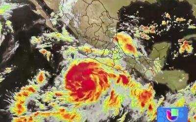 Huracán 'María' baja de categoría 5 a 4