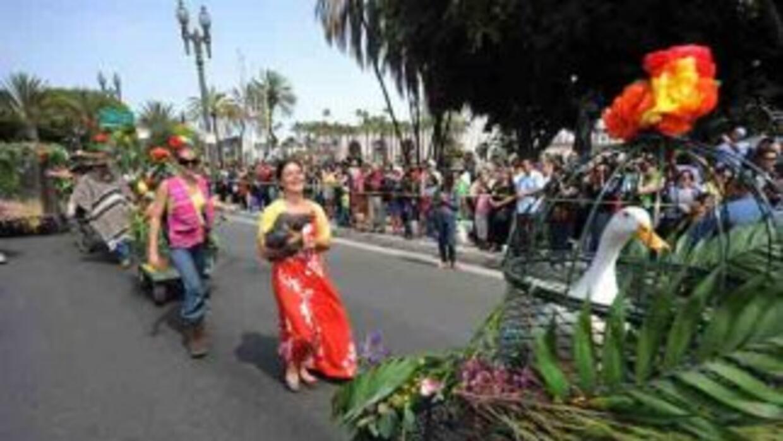 Desde el año 1930 se celebra en la Calle Olvera, un sábado antes de Sema...