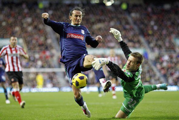 Sunderland superó al Stoke City por 1 a 0.