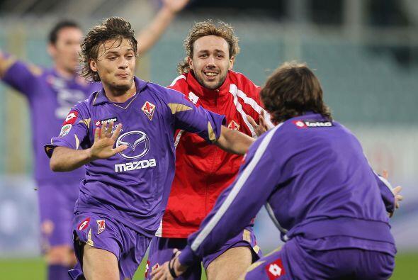 La 'Fiore' comenzó perdiendo 2-0, pero con anotaciones de Gilardi...