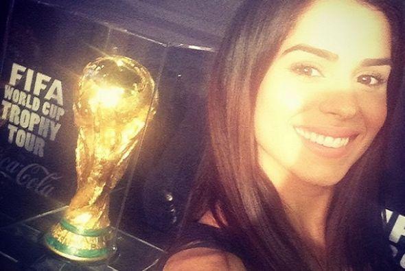 Su selfie con el trofeo de la Copa del Mundo demuestran su amor por este...