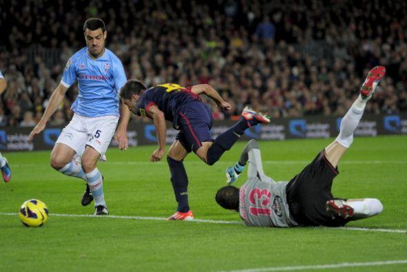 El lateral superó al portero para marcar.