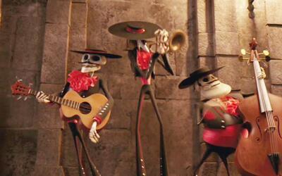 ¡Orquesta y mariachi! Emociónate con la música de 'Hotel Transylvania 2'