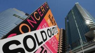 Un complejo de condóminos nuevos en el centro de LA logró venderse por c...