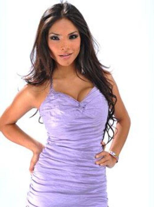 Alejandra Espinoza es una mexicana que deslumbra cada Sábado Gigante.