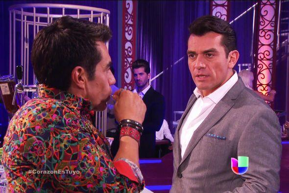 Fernando te quiere conocer a como dé lugar. Y conociendo a Johnny...