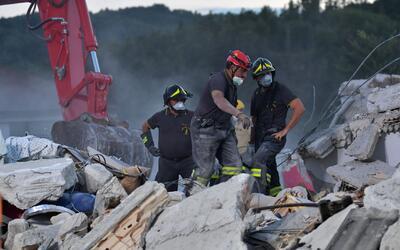 Réplicas de terremoto en Italia complican rescates de víctimas bajo los...