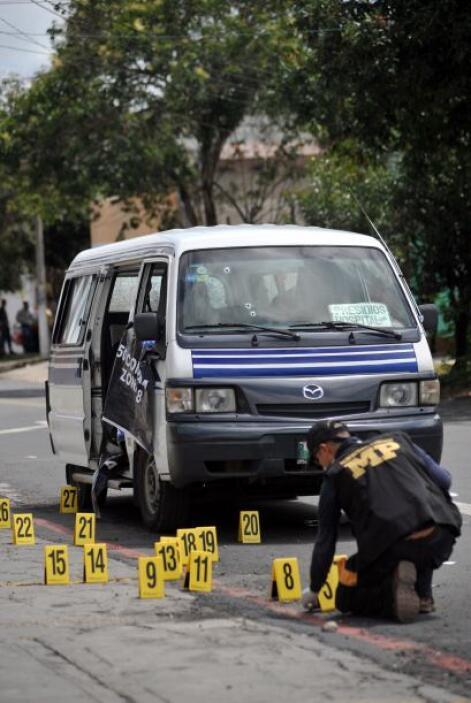 Un grupo de indocumentados denunció a personal del Instituto Nacional de...