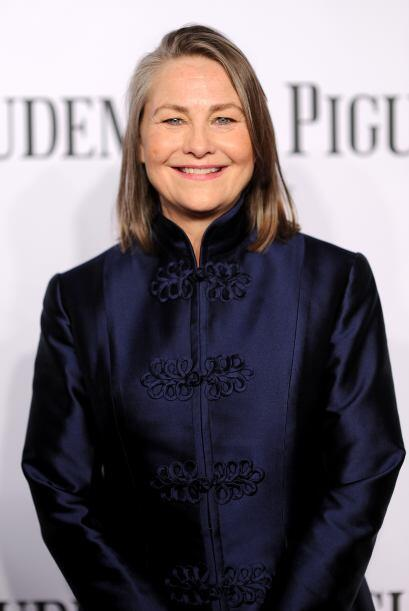 Cherry Jones Mira aquí los videos más chismosos.
