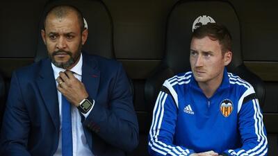 El entrenador portugués se desvivió en elogios para su compatriota del M...