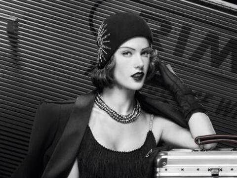 ¡Pero qué belleza de mujer! Alessandra Ambrosio se transfor...