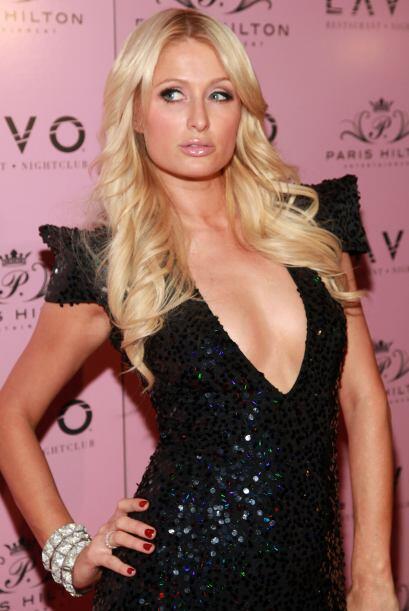 Lo mismo le pasó a Paris Hilton quien, mientras estaba cumpliendo su con...