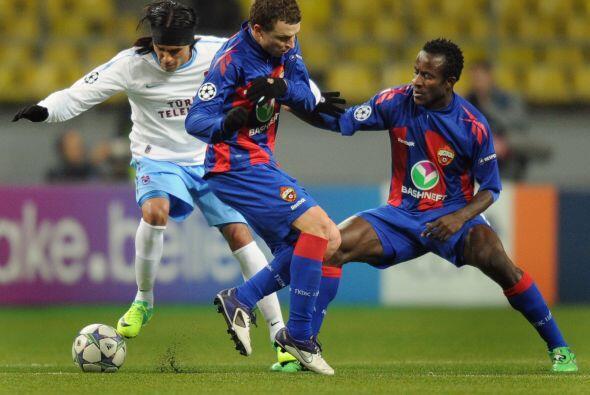 Y finalmente el CSKA de Moscú, goleó 3 a 0 al Trabzonspor...