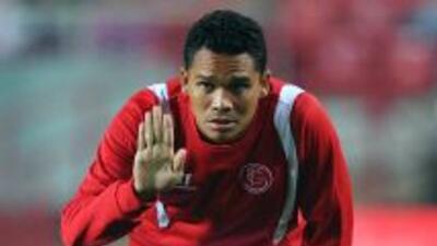 El colombiano Bacca, de gran partido en términos generales, marcó el pri...