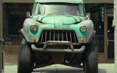 'Monster Trucks': escapando de la policía