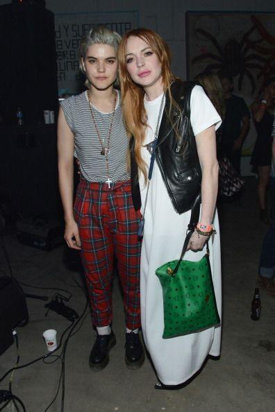 Lindsay Lohan optó por llevar la fabulosa tendencia 'black and wh...
